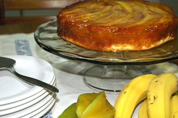 bolo de banana invertido