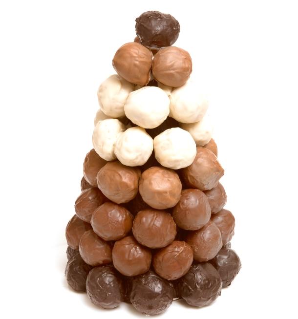 Árvore de natal com trufas de chocolate, sugestão da Harald